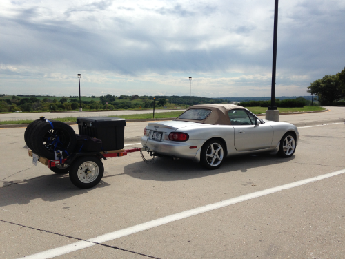 2001 Mazda Miata NB2 towing tire trailer